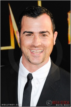 "Justin Theroux at the World Premiere of ""Iron Man 2"""