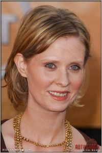 Cynthia Nixon arriving at the 11th Annual Screen Actors Guild Awards