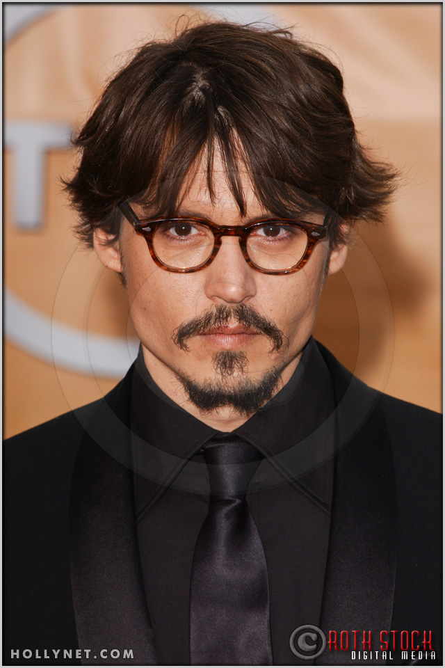 Johnny Depp arriving at the 11th Annual Screen Actors Guild Awards