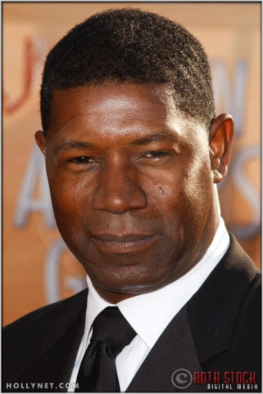 Dennis Haysbert arriving at the 11th Annual Screen Actors Guild Awards