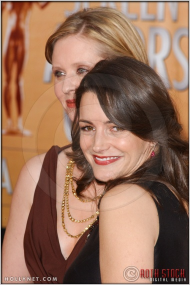 Kristin Davis and Cynthia Nixon arriving at the 11th Annual Screen Actors Guild Awards