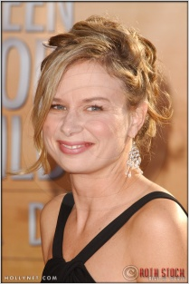 Mary Lynn Rajskub arriving at the 11th Annual Screen Actors Guild Awards