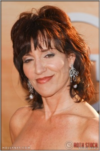 Katey Sagal arriving at the 11th Annual Screen Actors Guild Awards