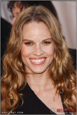 Hilary Swank arriving at the 11th Annual Screen Actors Guild Awards