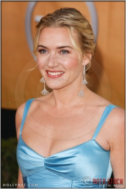Kate Winslet arriving at the 11th Annual Screen Actors Guild Awards