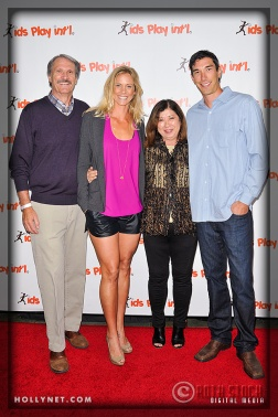 Olympian Jaime Komer with Pro Volleyball Player Matt Komer and Family