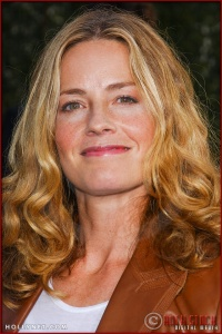 """Elisabeth Shue attends the World Premiere of """"Lemony Snicket's A Series of Unfortunate Events"""""""