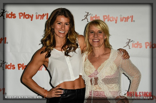 "(L-R) Trainer on ""The Biggest Loser"" Jennifer Widerstrom and Olympian Tracy Evans-Land"