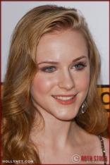 Evan Rachel Wood arrives at the Broadcast Film Critics Association 10th Annual Critic's Choice Awards