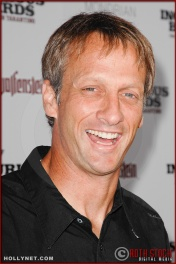 Tony Hawk attends the Los Angeles Premiere of Inglourious Basterds