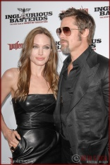 Angelina Jolie and Brad Pitt attend the Los Angeles Premiere of Inglourious Basterds