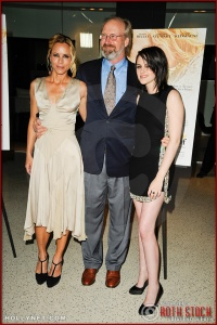 "Mria Bello, William Hurt and Kristen Stewart attend the premiere of ""The Yellow Handkerchief"""