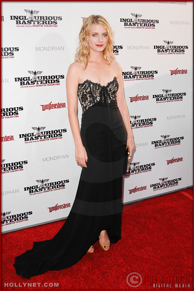 Mélanie Laurent attends the Los Angeles Premiere of Inglourious Basterds