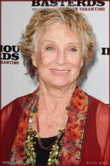 Cloris Leachman attends the Los Angeles Premiere of Inglourious Basterds