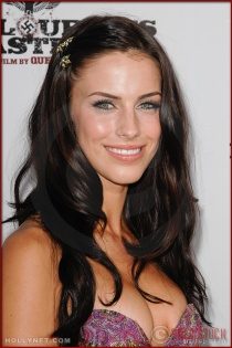Jessica Lowndes attends the Los Angeles Premiere of Inglourious Basterds