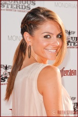 Maria Menounos attends the Los Angeles Premiere of Inglourious Basterds