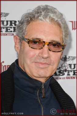 Michael Nouri attends the Los Angeles Premiere of Inglourious Basterds