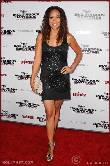 Tracie Thoms attends the Los Angeles Premiere of Inglourious Basterds