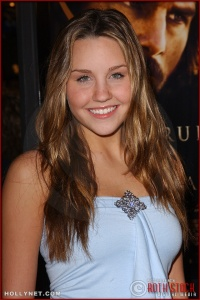 "Actress Amanda Bynes attends the U.S. premiere of ""The Last Samurai"""