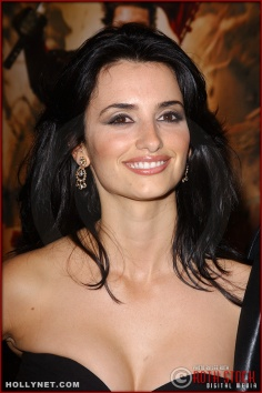"Actress Penelope Cruz attends the U.S. premiere of ""The Last Samurai"""