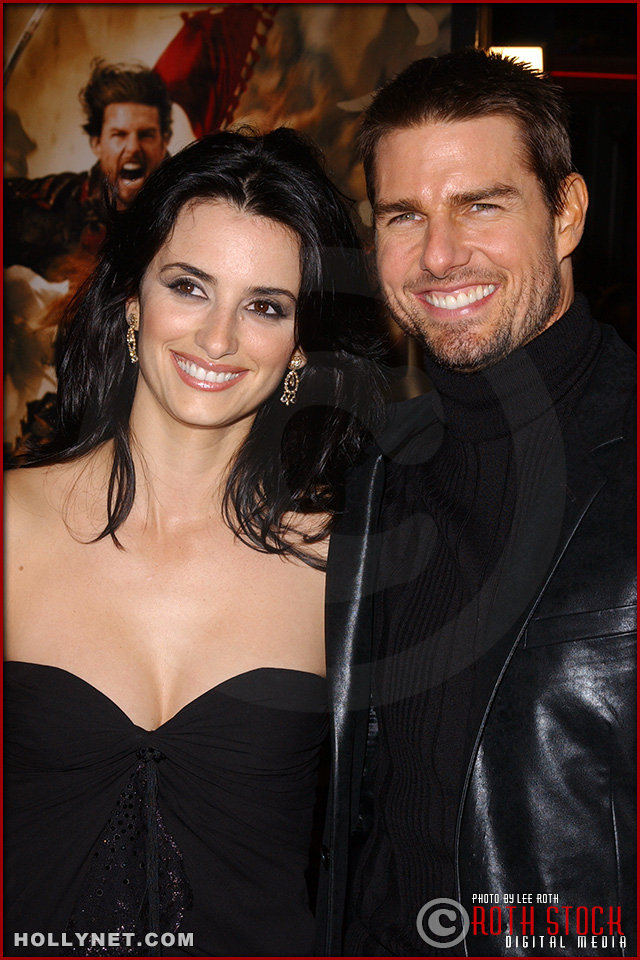 "Actress Penelope Cruz and actor Tom Cruise attend the U.S. premiere of ""The Last Samurai"""