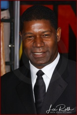 Actor Dennis Haysbert attends the 10th Annual Screen Actors Guild Awards
