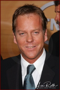 Actor Kiefer Sutherland attends the 10th Annual Screen Actors Guild Awards