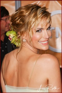 Actress Molly Sims attends the 10th Annual Screen Actors Guild Awards