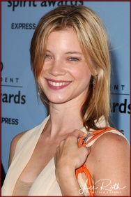 Actress Amy Smart attends the 18th IFP Independent Spirit Awards